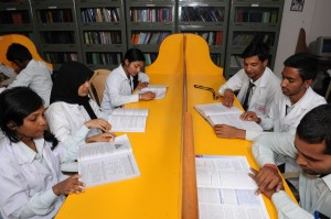 gautham_college_library2